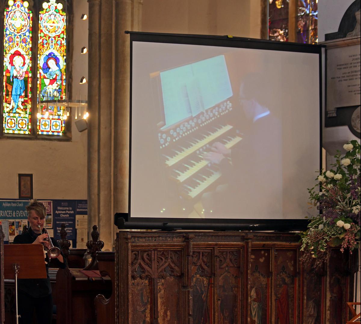 organ on screen